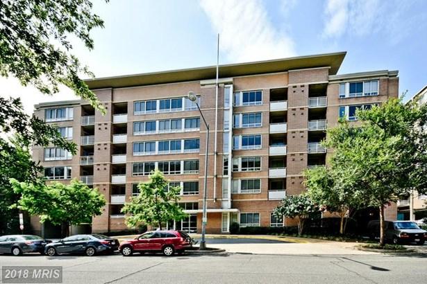 Mid-Rise 5-8 Floors, Colonial - WASHINGTON, DC (photo 1)