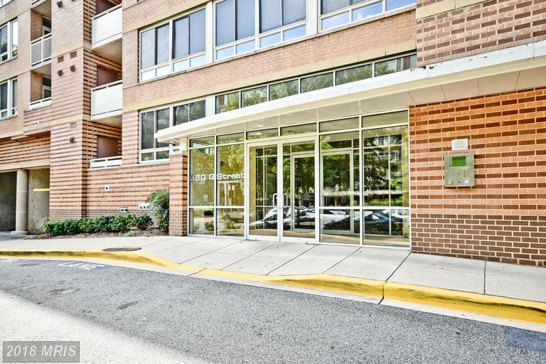 Mid-Rise 5-8 Floors, Colonial - WASHINGTON, DC (photo 3)