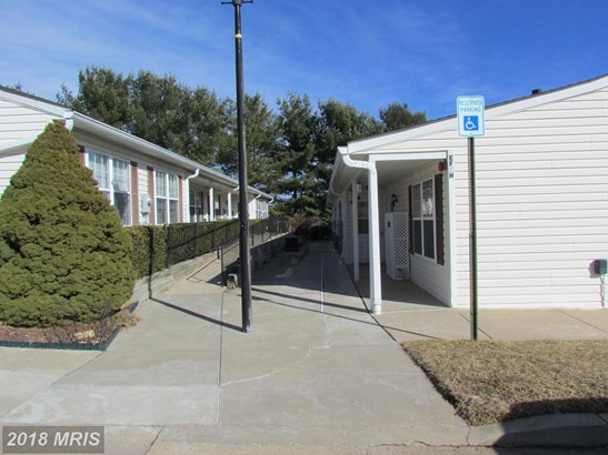 Garden 1-4 Floors, Rancher - ELDERSBURG, MD (photo 1)