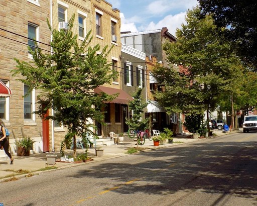 Row/Townhouse/Cluster, StraightThru - PHILADELPHIA, PA (photo 2)