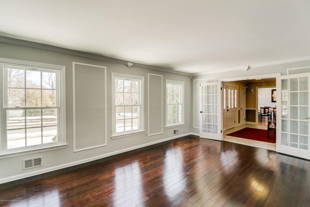 Colonial, Single Family - Red Bank, NJ (photo 4)