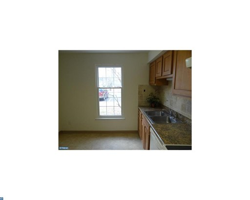 Row/Townhouse, Colonial - LANSDALE, PA (photo 4)