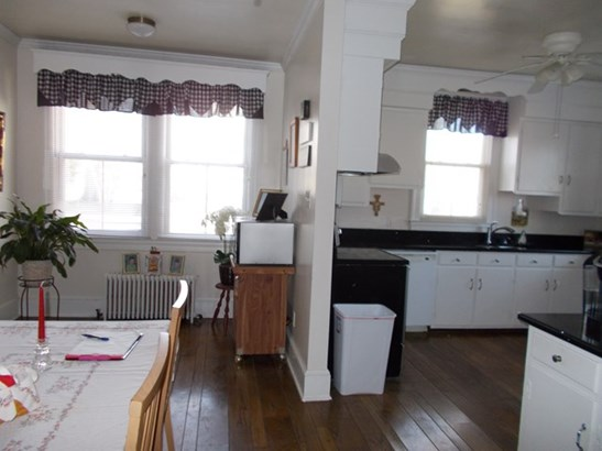 Victorian, 2 Story, Single Family - South Boston, VA (photo 5)