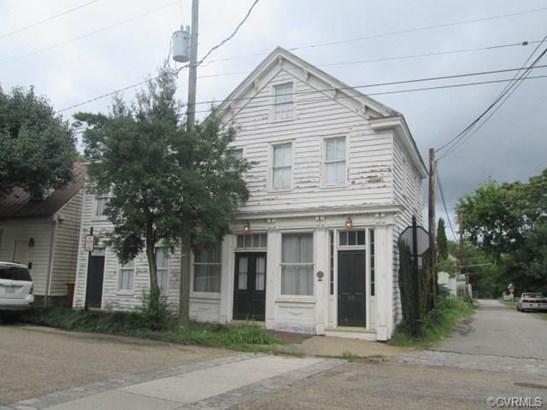 2-Story, Colonial, Multi-Family - Petersburg, VA (photo 1)