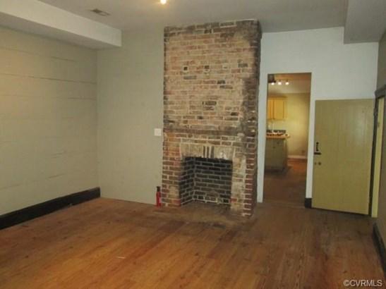 2-Story, Colonial, Multi-Family - Petersburg, VA (photo 3)
