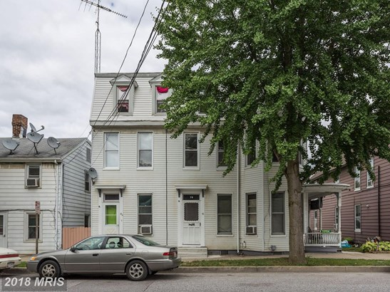 Colonial, Attach/Row Hse - WESTMINSTER, MD (photo 1)