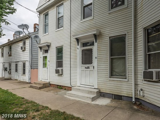 Colonial, Attach/Row Hse - WESTMINSTER, MD (photo 3)