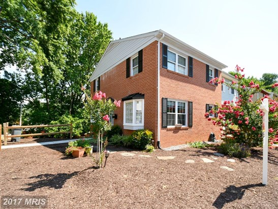 Townhouse, Colonial - WOODBRIDGE, VA (photo 1)