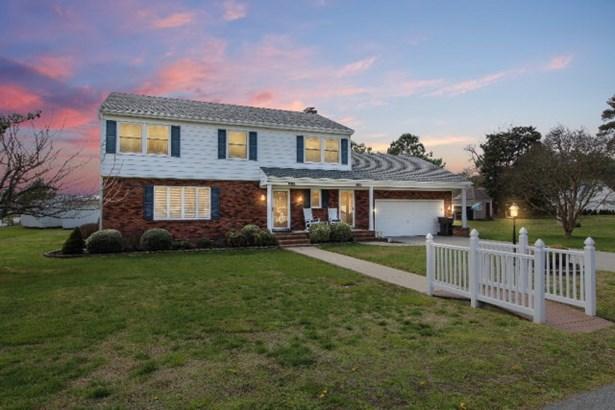 Colonial, Single Family - Chincoteague, VA (photo 1)