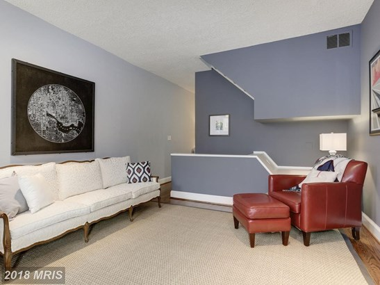 Townhouse, Colonial - BALTIMORE, MD (photo 4)