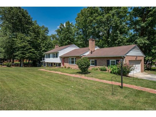 Tri-Level/Quad Level, Single Family - North Chesterfield, VA (photo 2)