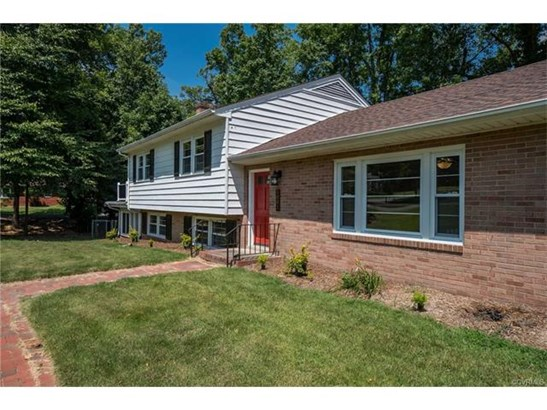 Tri-Level/Quad Level, Single Family - North Chesterfield, VA (photo 3)