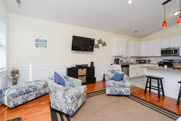 Condo - Wildwood, NJ (photo 4)