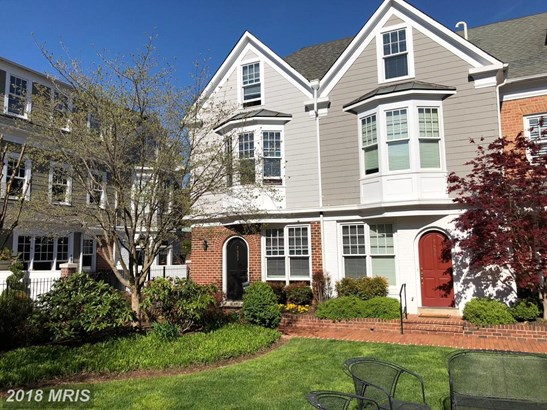 Townhouse, Traditional - BETHESDA, MD (photo 2)