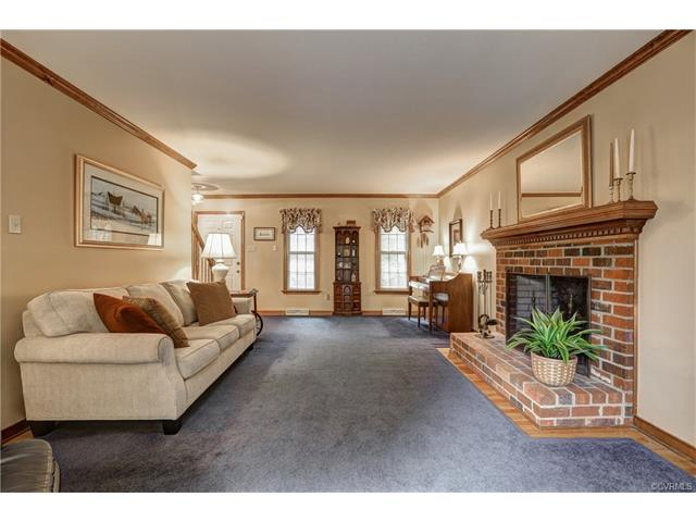 Colonial, Single Family - Midlothian, VA (photo 5)