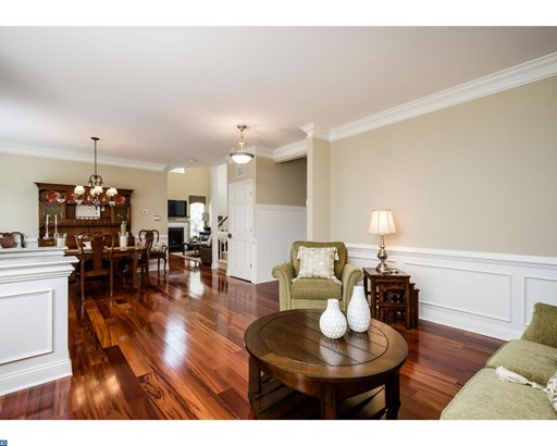 Row/Townhouse, Colonial - MOUNT HOLLY, NJ (photo 3)