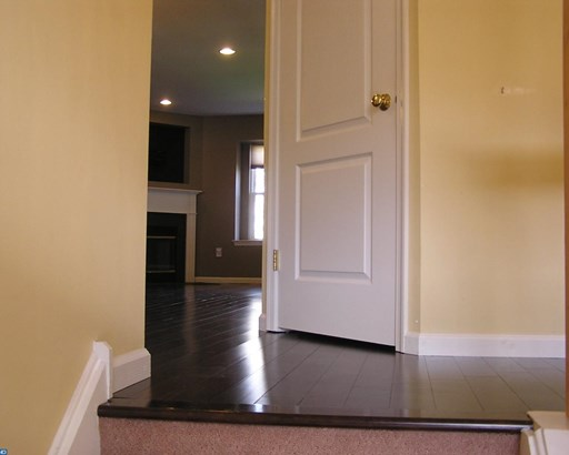 Colonial, Row/Townhouse/Cluster - NORTH WALES, PA (photo 4)