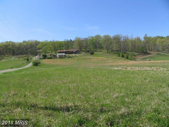 Rancher, Detached - CUMBERLAND, MD (photo 5)