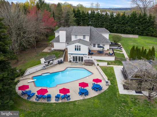 Detached, Single Family - KENNETT SQUARE, PA