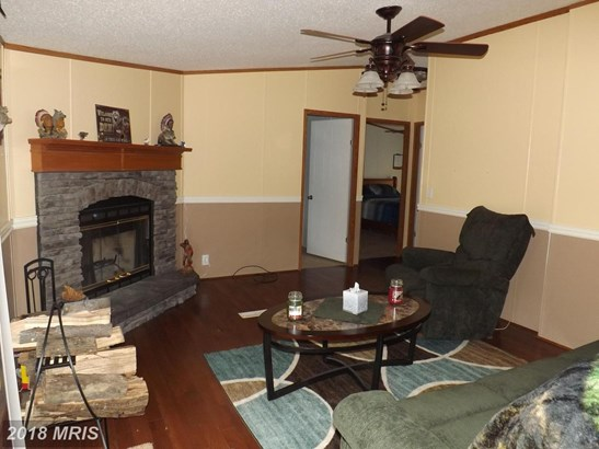 Rancher, Double Wide - GERRARDSTOWN, WV (photo 4)