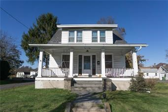 Colonial,Traditional, Detached - Quakertown Boro, PA (photo 1)