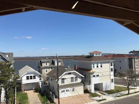 3 Story, Single Family - Ocean City, NJ (photo 4)