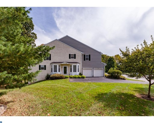 Row/Townhouse, Colonial,EndUnit/Row - NEWTOWN SQUARE, PA (photo 1)