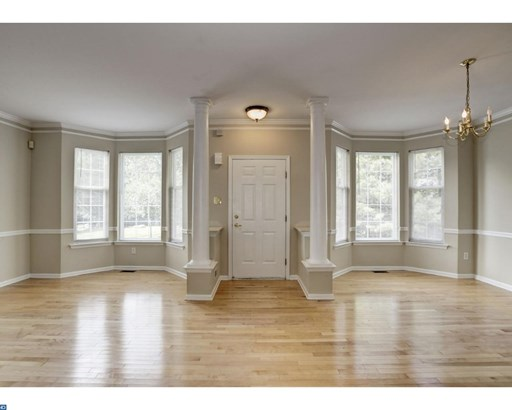 Row/Townhouse, Colonial,EndUnit/Row - NEWTOWN SQUARE, PA (photo 4)