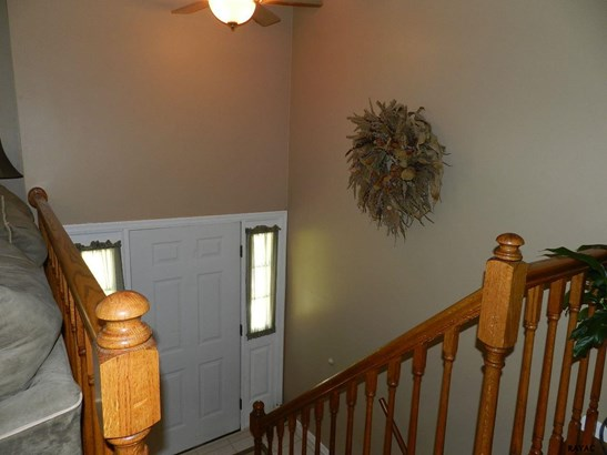 Split Foyer, Residential/Farms - Airville, PA (photo 3)