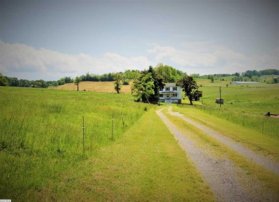 Farm House, Farm - STAUNTON, VA (photo 4)