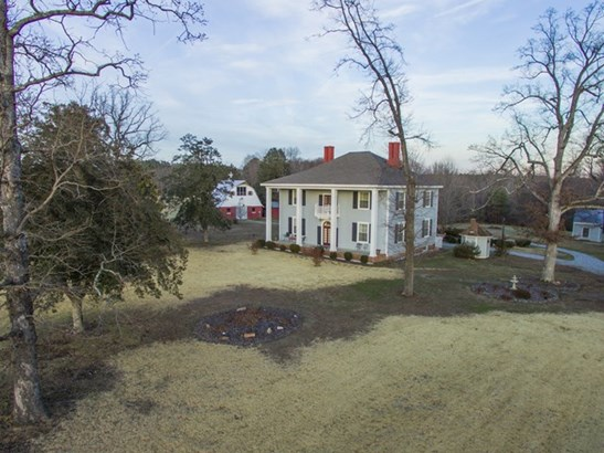 Residential/Vacation, 2 Story,Colonial - Kenbridge, VA (photo 1)