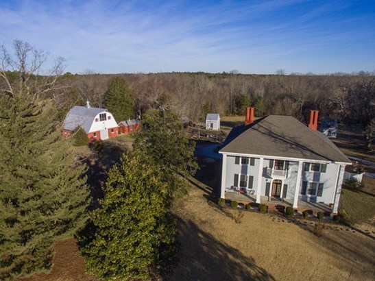 Residential/Vacation, 2 Story,Colonial - Kenbridge, VA (photo 3)
