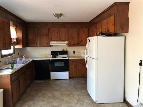 Ranch, House - Dewitt, VA (photo 5)