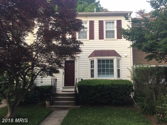Colonial, Attach/Row Hse - POTOMAC, MD (photo 1)