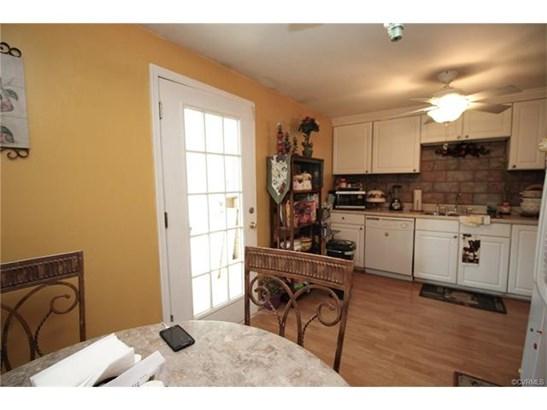 Split Foyer, Single Family - Glen Allen, VA (photo 4)