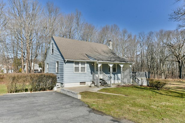 Cape, Single Family - Manalapan, NJ (photo 1)