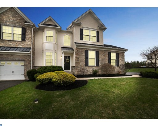 Row/Townhouse, Colonial - BLUE BELL, PA (photo 2)