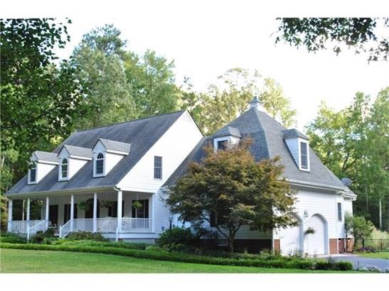 2-Story, Cape, Colonial, Single Family - Ashland, VA (photo 2)