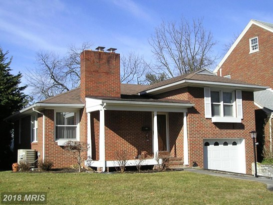 Split Level, Detached - HAGERSTOWN, MD (photo 1)