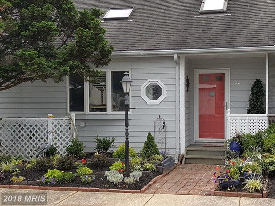 Townhouse, Colonial - CHESAPEAKE CITY, MD (photo 1)