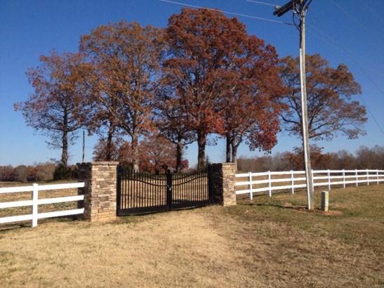 Land - Blackstone, VA (photo 1)