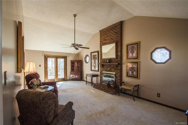 Ranch, Single Family - North Chesterfield, VA (photo 4)