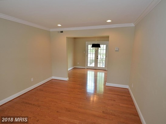 Townhouse, Colonial - MANASSAS, VA (photo 3)