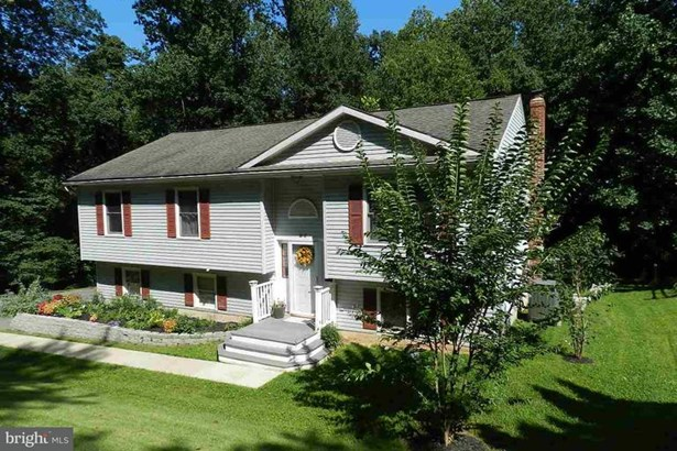 residential - airville, PA (photo 2)