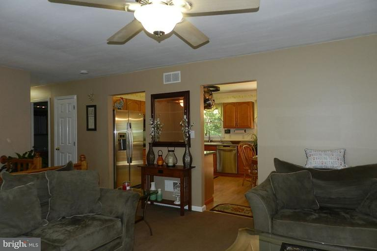 residential - airville, PA (photo 4)