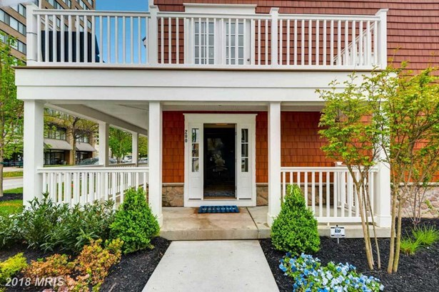 Townhouse, Traditional - TOWSON, MD (photo 3)