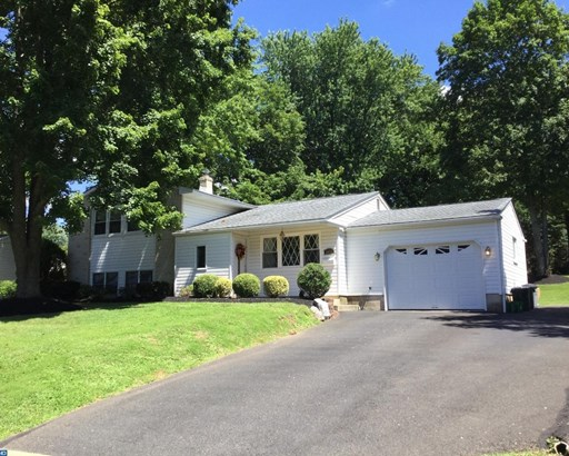 Colonial, Detached - WARMINSTER, PA (photo 2)