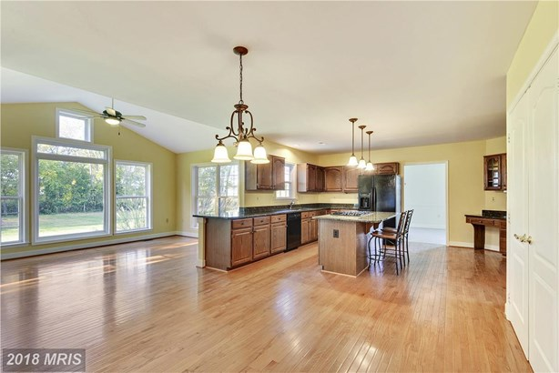Colonial, Detached - POOLESVILLE, MD (photo 2)
