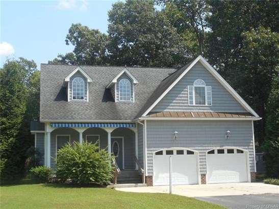 2-Story, Transitional, Single Family - Locust Hill, VA