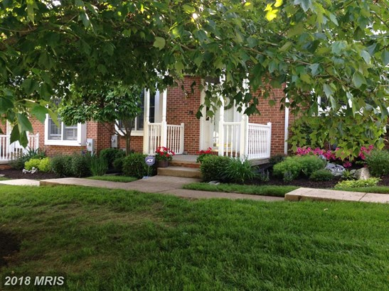 Townhouse, Colonial - HUNT VALLEY, MD (photo 1)